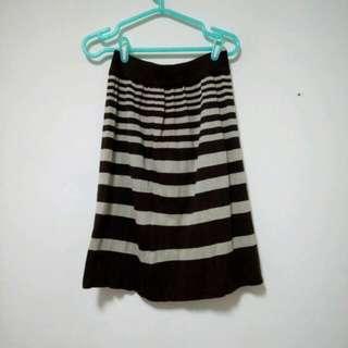 條紋針織裙子