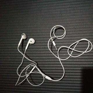 iphone headphone 95 new