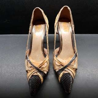 🚚 Beige Pink And Dark Brown Snakeskin Pointed Heels