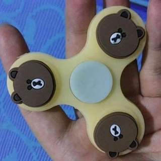 fidget spinner GLOW IN THE DARK CARTOON