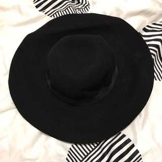 Black Felt Wide Brim Hat