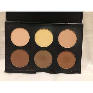 Free with purchase >$50 - Australis AC On Tour Contouring Palette