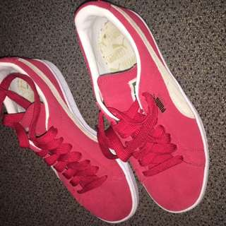 RED PUMA SUEDE SHOES
