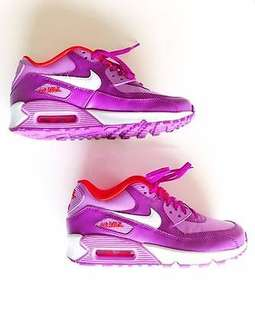 NIKE AIR MAX PURPLE AND ORANGE - WOMENS SIZE 6.5 / YOUTH SIZE 5 - SNEAKER SHOES