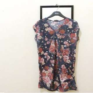Cute Flowery V Neck