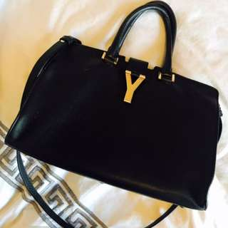 100% Real Ysl Mid Size Hand Bag
