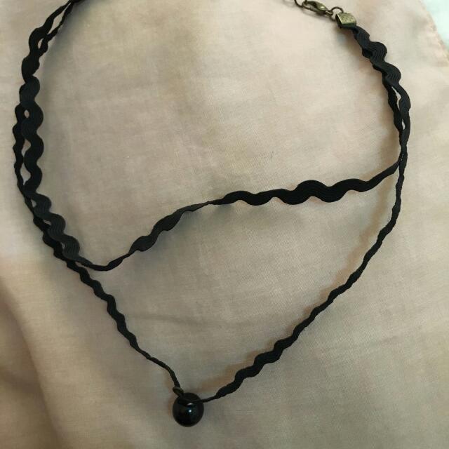 黑色造型項鍊