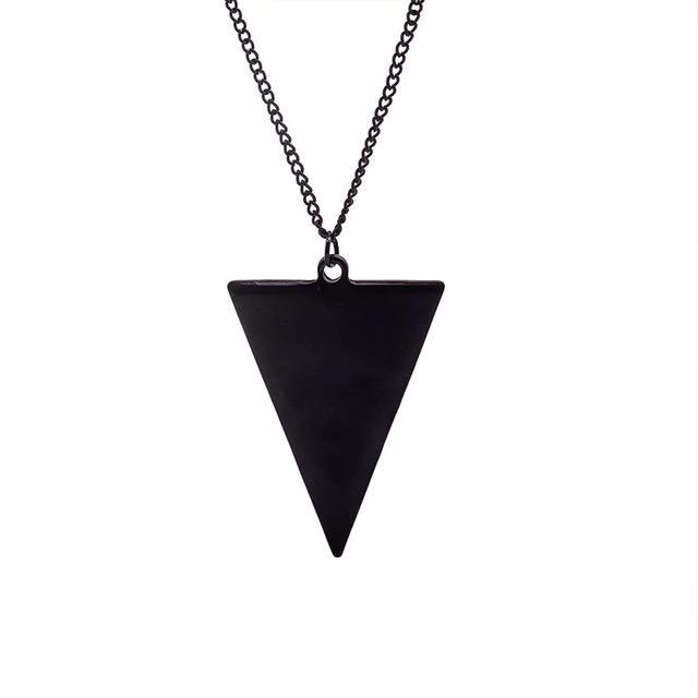 簡約大方三角造型幾何項鍊