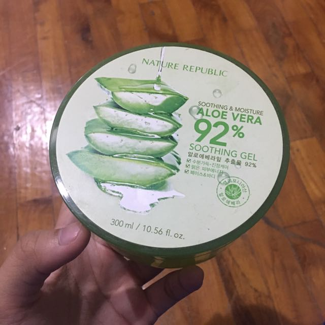 Aloe Vera Soothing & Moisture Gel NATURE REPUBLIC