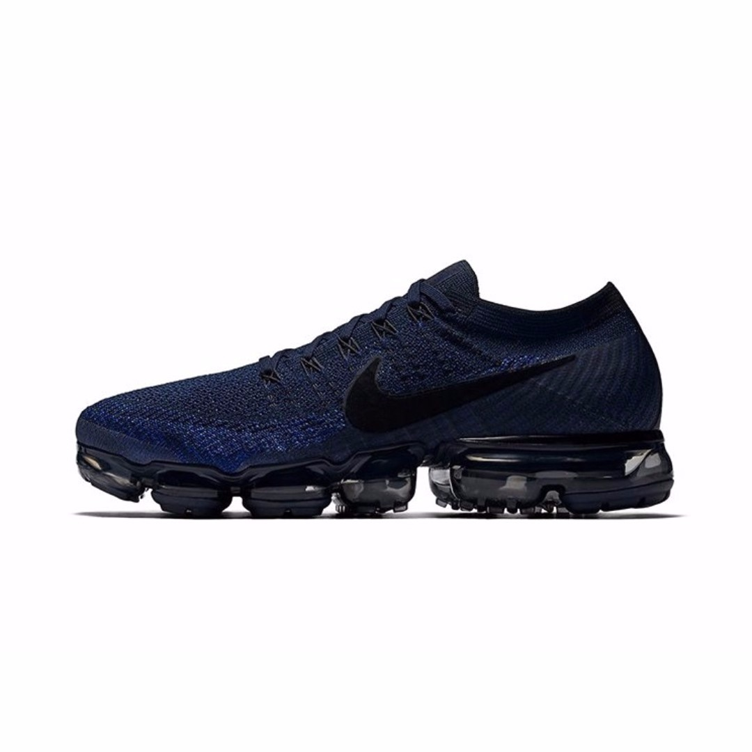 ef1df82a928a6 Authentic Nike Air VaporMax Flyknit College Navy   Black   Game ...