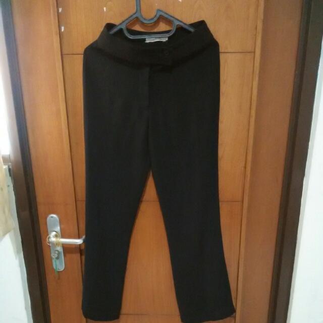black st. yves pants