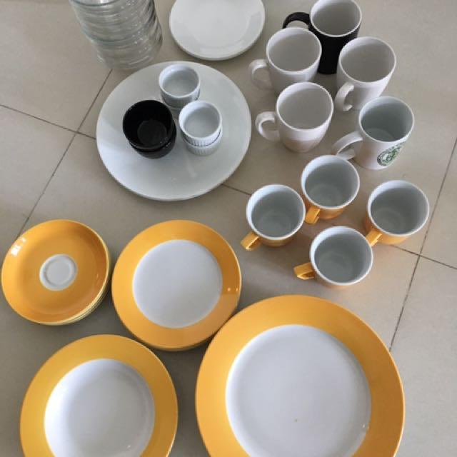 Corelle Plates, Bowls, Mugs