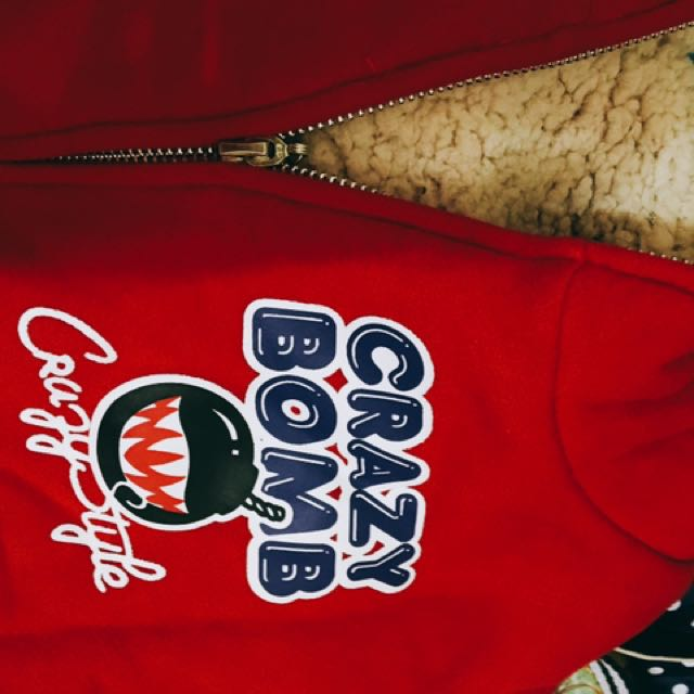 Crazy Bomb紅色刷毛外套