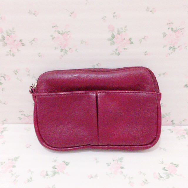 Elle Red Pouch