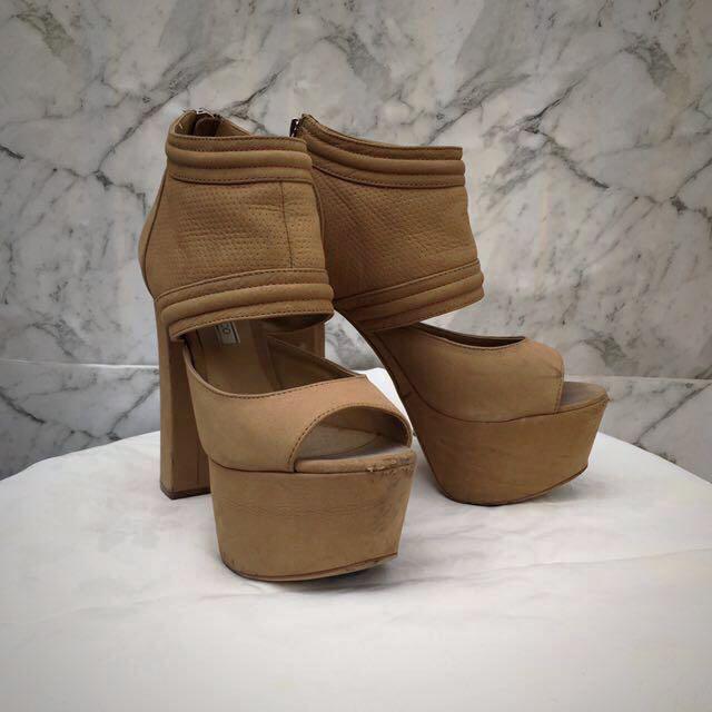 Heels (w/ Platform) - Tony bianco