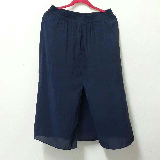 H&M Slit Skirt Knee Length