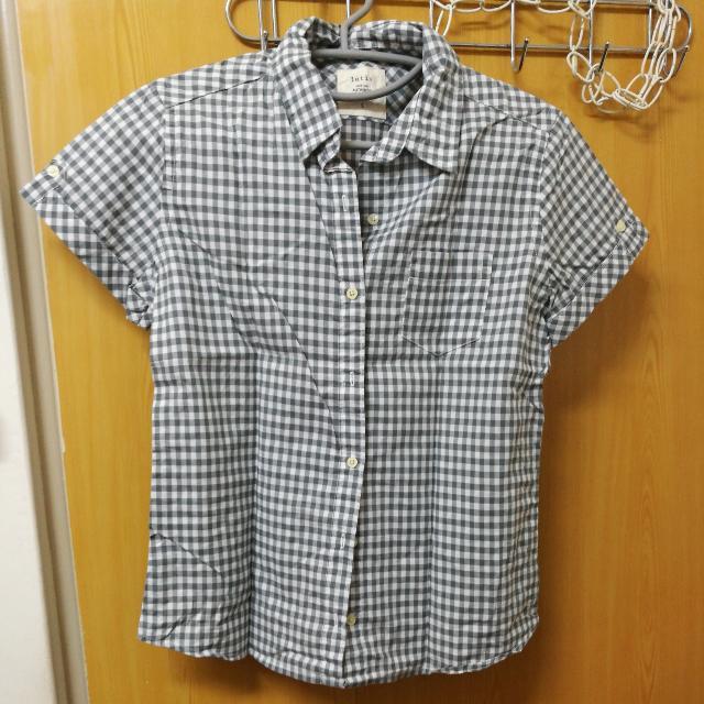 lativ格子襯衫