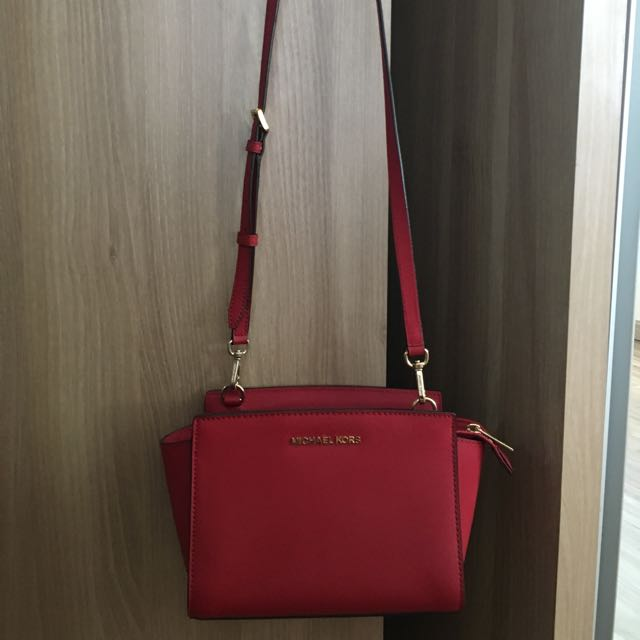 Michael Kors ORI red sling bag