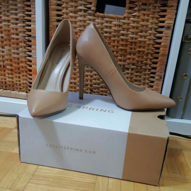 New Spring Nude Pumps - Sz 8