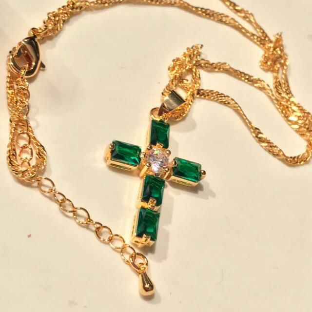 New Stunning Gold Filled Lab Emerald cross pendant and chain