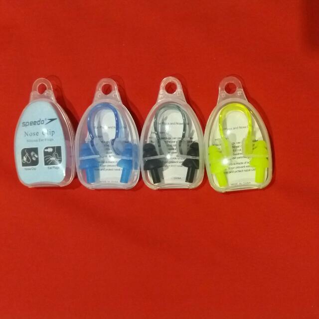 Nose Clip(Penutup Hidung) & Ear Plug (Penutup Telinga) --> Alat bantu renang