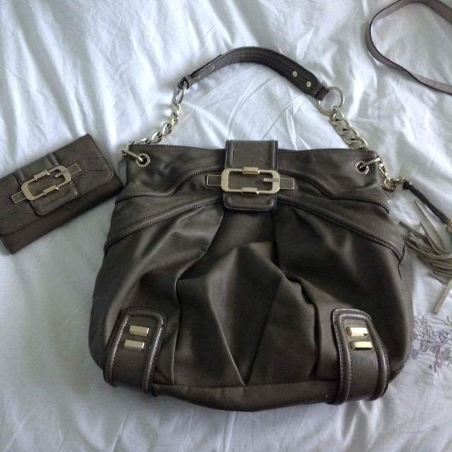 Olive Green Guess Bag and Wallet
