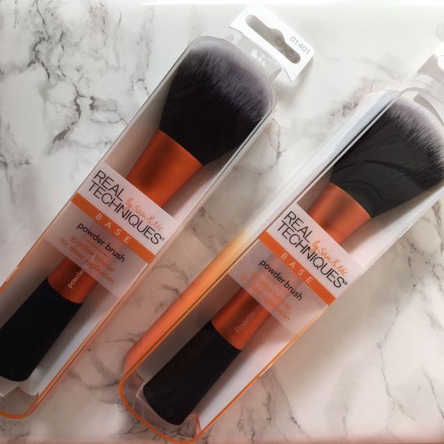 Real Techniques Big Powder Brush