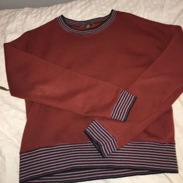 red ish crewneck from american eagle