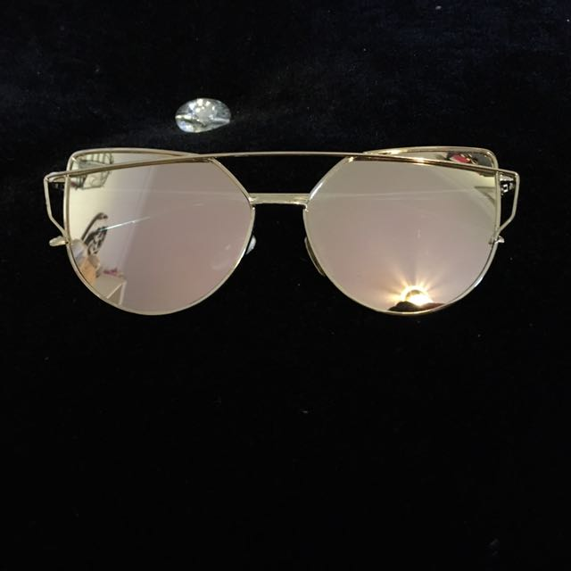 Rose Gold/ Pink Sunglasses