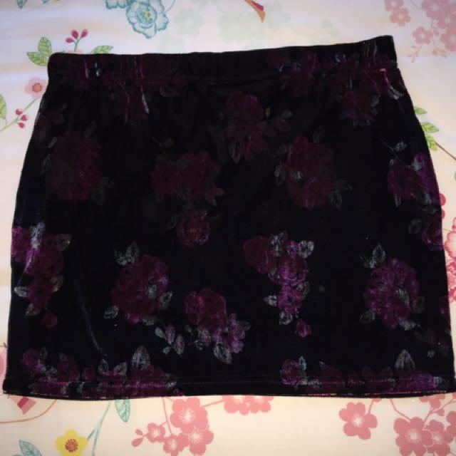 Rose Velvet Tube Skirt