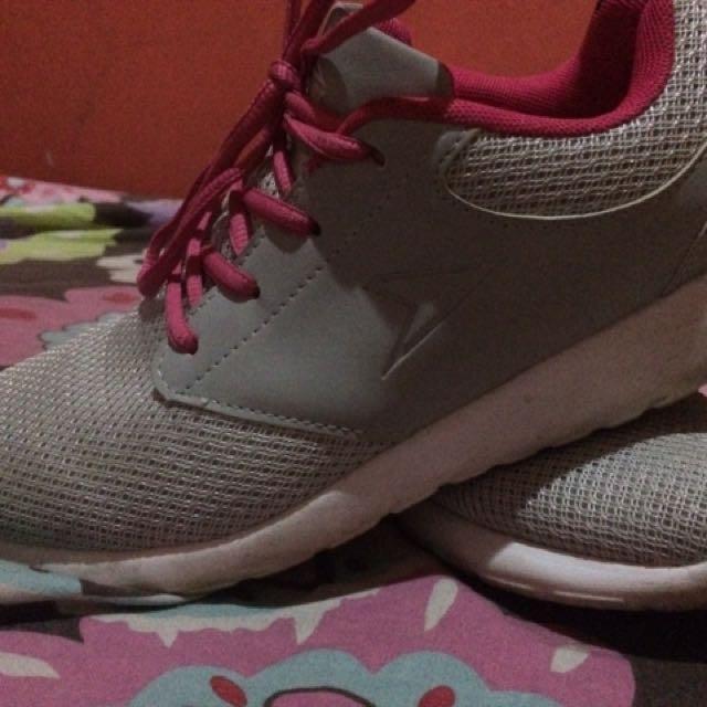 Sepatu Bata