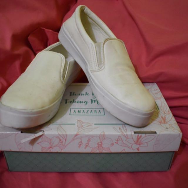 Slip on white