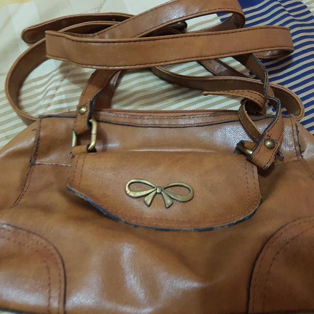 Sophie MArtin Sling Bag