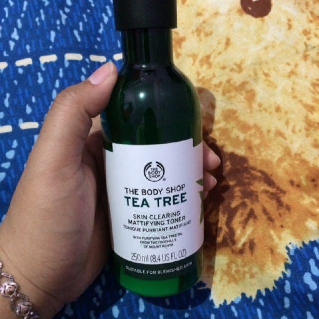 TBS Tea Tree Skin Clearing Mattifying Toner