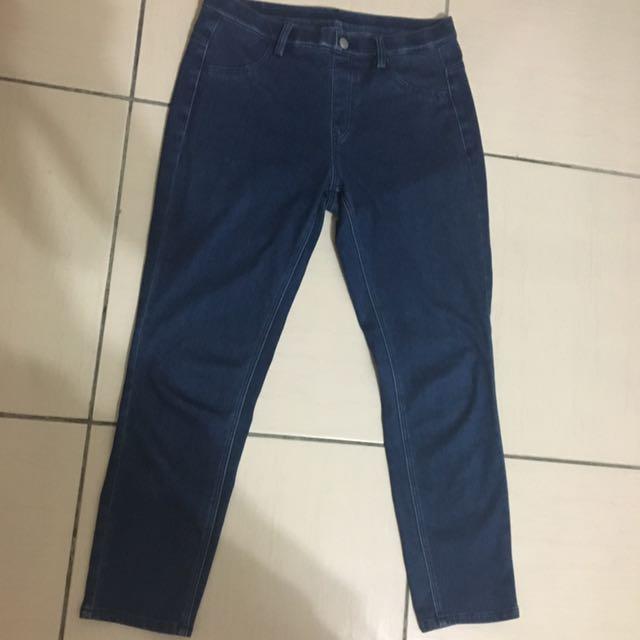 UNIQLO 深藍 牛仔褲 七分 彈性