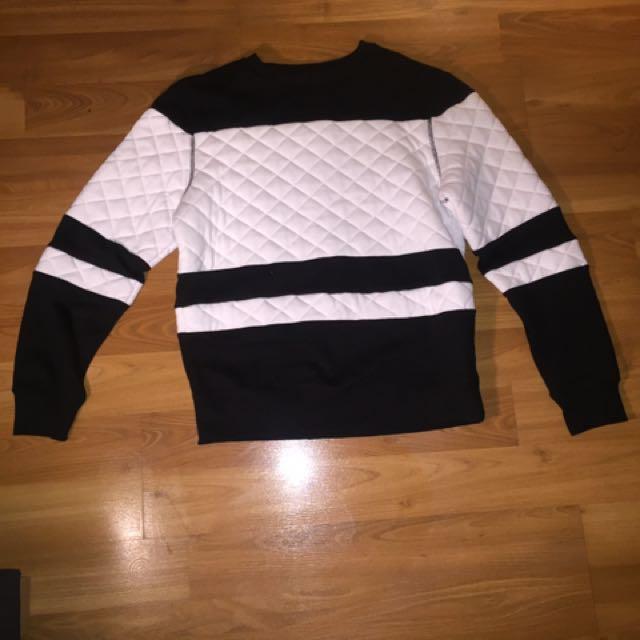 Urban Style Black & White Sweater