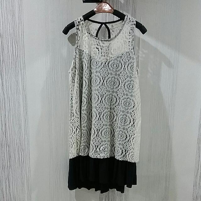 White Lace Dress Size XS-S