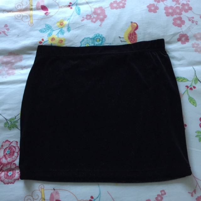 Women's Black Velvet Tube Skirt