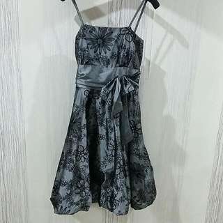 Grey Flower Dress Size XS-S