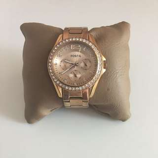 FOSSIL - Rose Gold Watch with crystals