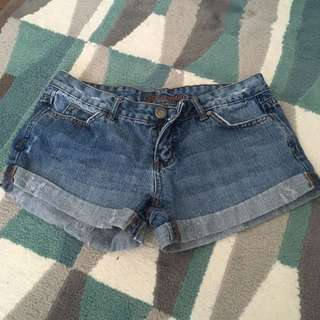 Blue notes Size 28 Shorts