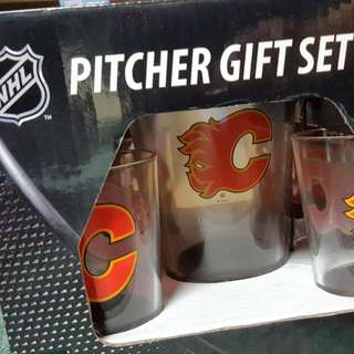 Calgary Flames Pitcher And Glass Set