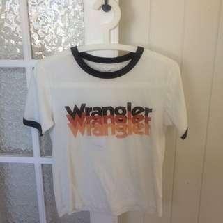 Wrangler Tee size 6