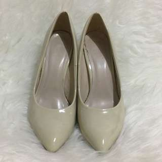 FLD Off White Heels