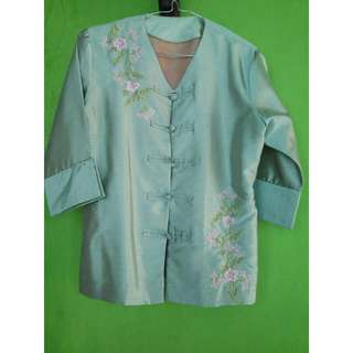 Re Price PRELOVED | Green Embroidery Blouse