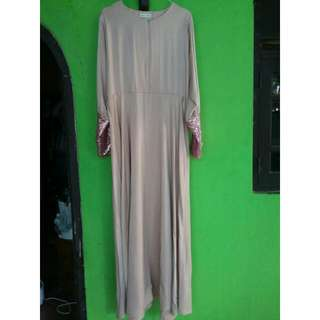 Re Price PRELOVED | Sequin Dress by Vanilla Hijab