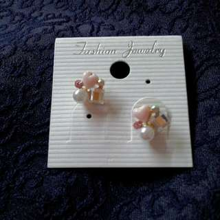 心心耳環 Earrings