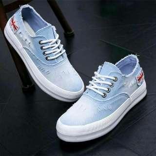 Sepatu / Boots YS 6 BM LEVIS Sol Karet