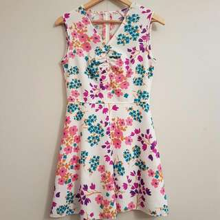 Vintage Retro 1960s Mod Floral Psychedelic Mini Dress