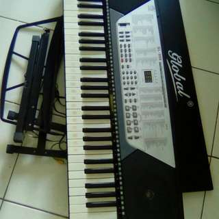 Pre loved electric piano